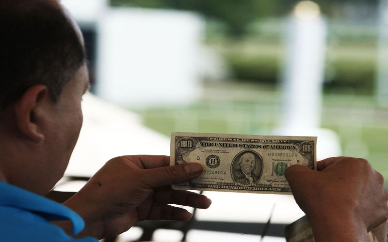 wagering-money